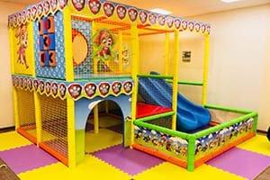 установка и сборка детской площадки