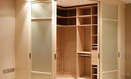 Сборка гардеробного шкафа