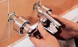 Установка смесителя в ванной - 5vodnom